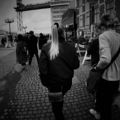 瑞典 斯德哥尔摩 街拍 2017-04-02 约片私信!!
