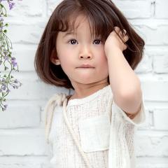 3岁小美女